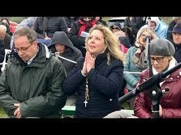 Trevignano Romano – Je vous aime et je suis toujours là, je vous attends  tous les jours comme un pauvre mendiant – La Voix de Dieu Magazine